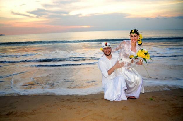 Matrimonio Simbolico En La Playa : Boda en la playa de balangan bali